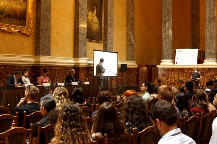 Csabai önkéntes fiatalok Budapesten